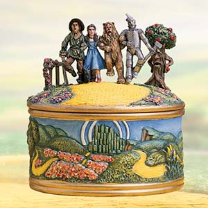"""We're Off To See The Wizard"" – The Wizard of Oz Music Box – The Bradford Exchange 07-07314-001"
