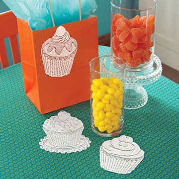 Cupcake Accents (set of 3) – Heritage Lace – Transitional Collection – 3CP-W