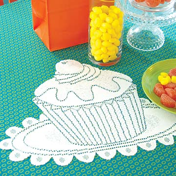 Cupcake Doily (set of 2) CP-2015W - RETIRED