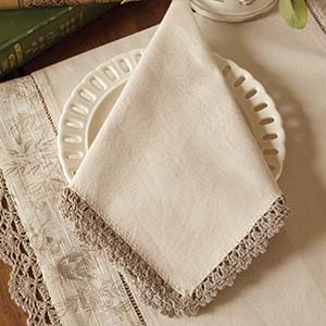 Bella Napkin (set of 4) - Heritage Lace Romantic Collection - BE-17NPNA