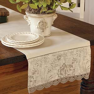 Bella 36″ Runner – Heritage Lace Romantic Collection – BE-1436NA