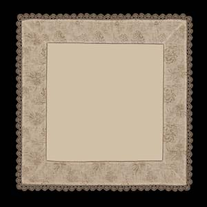 Bella Table Topper &#8211; Heritage Lace Romantic Collection &#8211; BE-3636NA