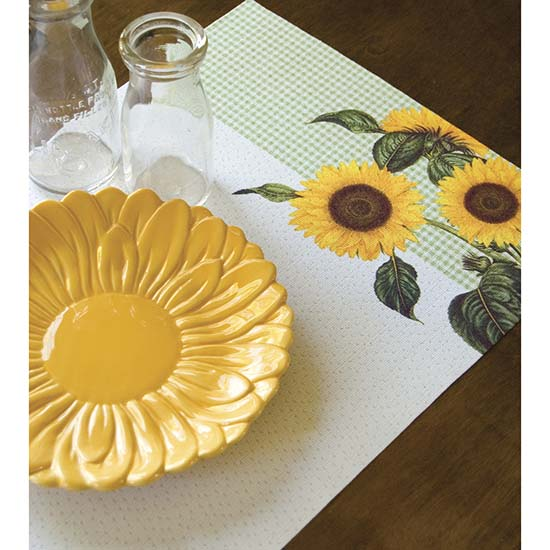 Sunflower Placemat (set of 2) - Heritage Lace Country Collection - PE1319C-0563, PE1319W-0563