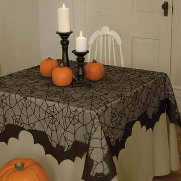 Bats Table Topper - Heritage Lace Halloween BA-5858B