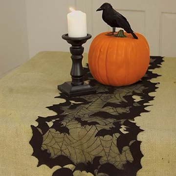 Going Batty 72″ Runner – Heritage Lace – Halloween Collection – GB-1472B