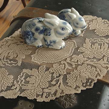 Windsor 12&#8243; x 16&#8243; Doily &#8211; Heritage Lace &#8211; Timeless &#038; Classic Collection &#8211; WN-1216A, WN-1216E