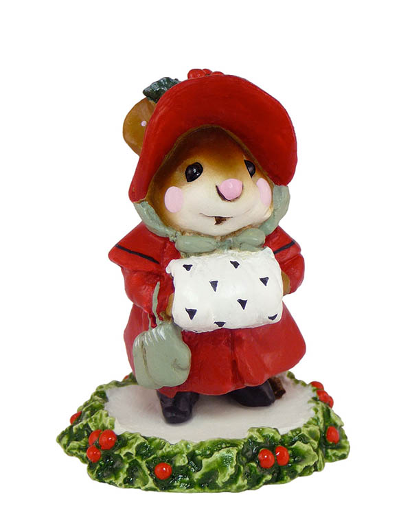 M-146 Miss Noel – Wee Forest Folk Collectible