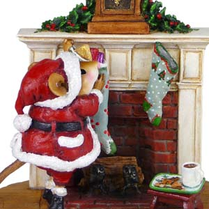 M-471 A Visit from St. Nick - Wee Forest Folk Collectible