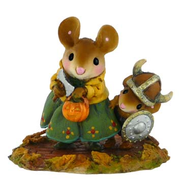 M-443 Eric the Reticent – RETIRED Wee Forest Folk Collectible