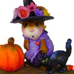 M-407a Witchy Hat...Scary Cat - LIMITED Halloween Wee Forest Folk Collectible