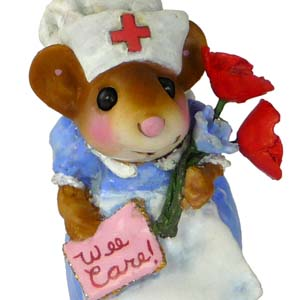 M-470 Nurse Goodheart – Wee Forest Folk Collectible