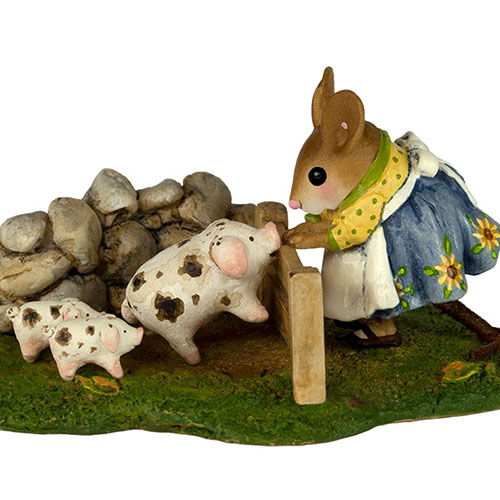 M-466c Piggy Petting Zoo – Fall Festival – LIMITED