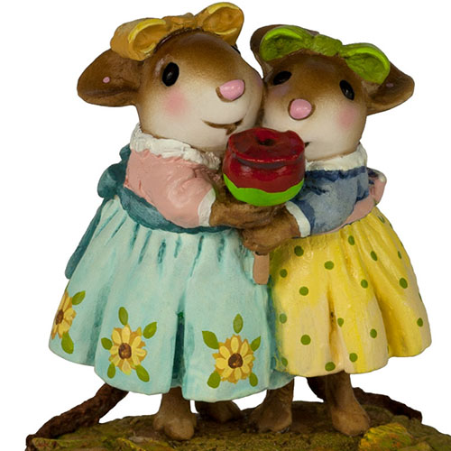 M-553b Sharing Sisters - Fall Festival - LIMITED