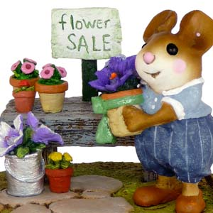 M-295a The Garden Center - Wee Forest Folk Collectible