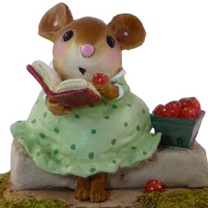 M-395 Garden Get-a-way - Wee Forest Folk Collectible