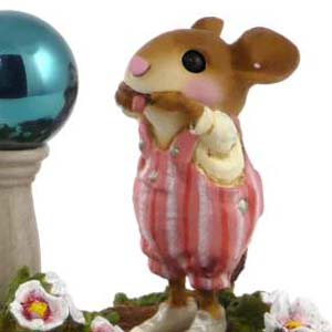 M-436 Funny Face  Wee Forest Folk Collectible
