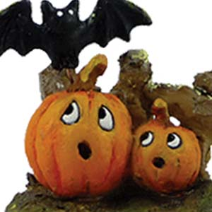 A-6 Spooked Pumpkins - Halloween Wee Forest Folk Collectible