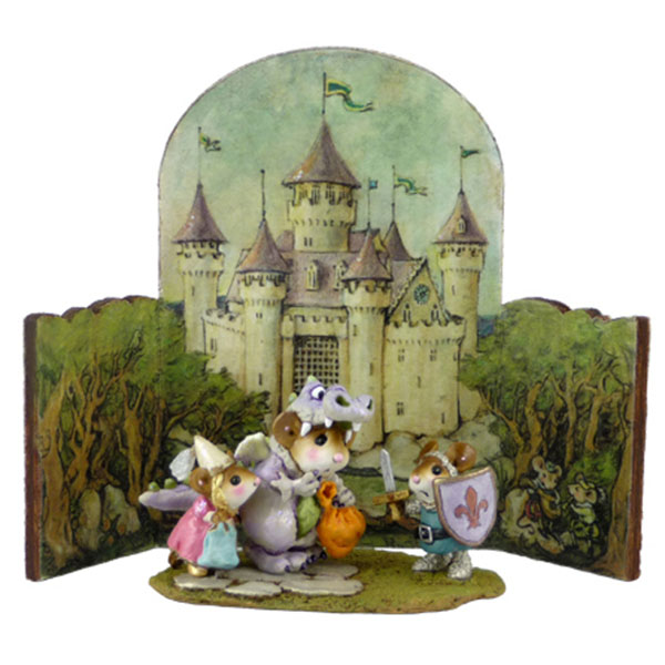 BKG-1 Castle Background - Wee Forest Folk Halloween