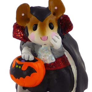 M-284a Count Spooky &#8211; RETIRED Wee Forest Folk Collectible