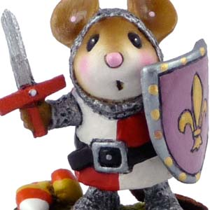 M-400 Halloween Knight – Halloween Wee Forest Folk Collectible