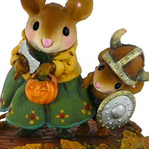 M-443 Eric the Reticent &#8211; RETIRED Wee Forest Folk Collectible