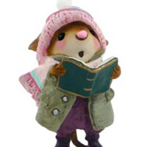 M-419 Sister Caroler &#8211; Wee Forest Folk Collectible
