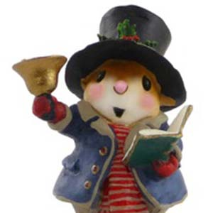 M-420 Poppa Caroler &#8211; Wee Forest Folk Collectible