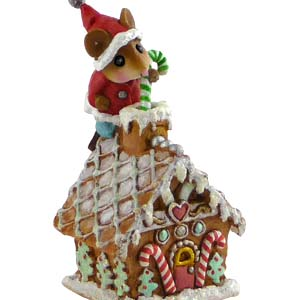 TM-4 Wee Santa&#8217;s Gingerbread House &#8211; Wee Forest Folk Collectible