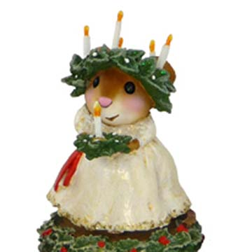 M-449 Santa Lucia &#8211; A Scandinavian Christmas &#8211; Wee Forest Folk Collectible