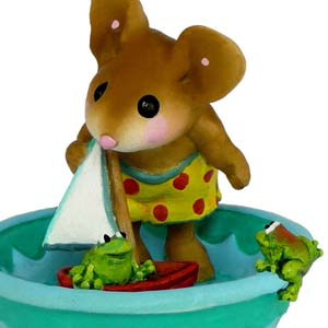 M-368 Hop Aboard! – On The Beach Wee Forest Folk Collectible