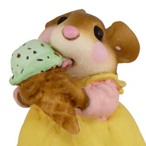M-277 Yummy! – Wee Forest Folk Collectible