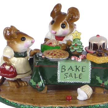 M-220 Mousey's Christmas Bake Sale - LIMITED