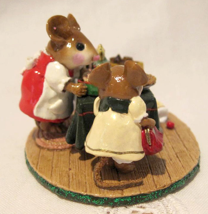 M-220 Mousey's Christmas Bake Sale – LIMITED