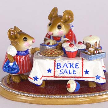 M-220s Mousey's Bake Sale - LIMITED