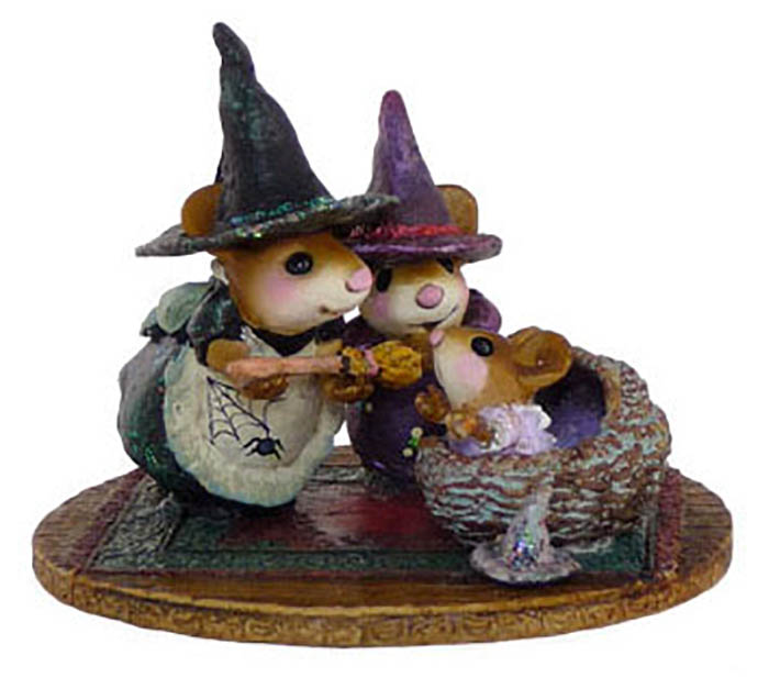 M-373b Baby Witch's First Broom – LIMITED