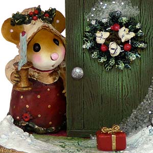 M-405 Oh My, A Christmas Present! - Wee Forest Folk Collectible