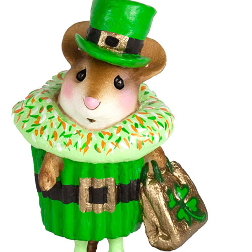 M-574f Paddy's Cupcake Treat - LIMITED