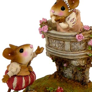 M-411 Romeo & Juliet - Wee Forest Folk Collectible