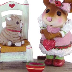 M-431 My Valentine Kitty - Wee Forest Folk Collectible