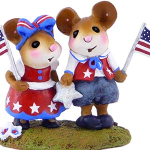 M-331a True for the Red, White &#038; Blue &#8211; LIMITED Wee Forest Folk Collectible