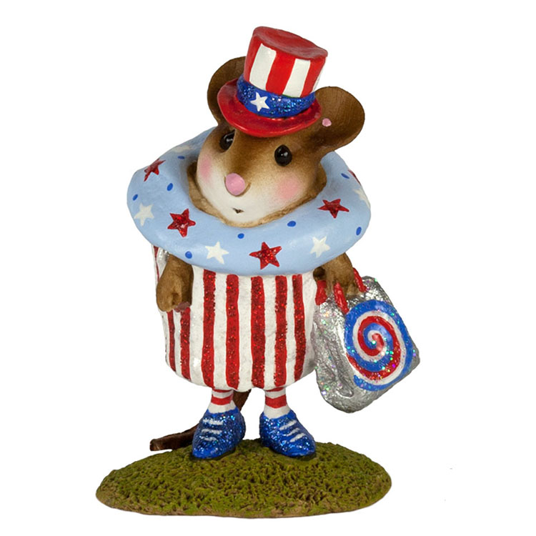 M-574i July 4th Cupcake Treat – LIMITED